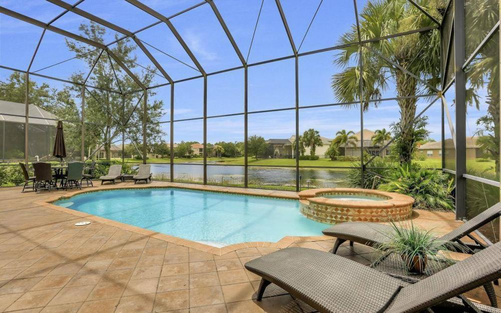 1867 Ivory Cane Pointe, Naples - Home For Sale 68125827