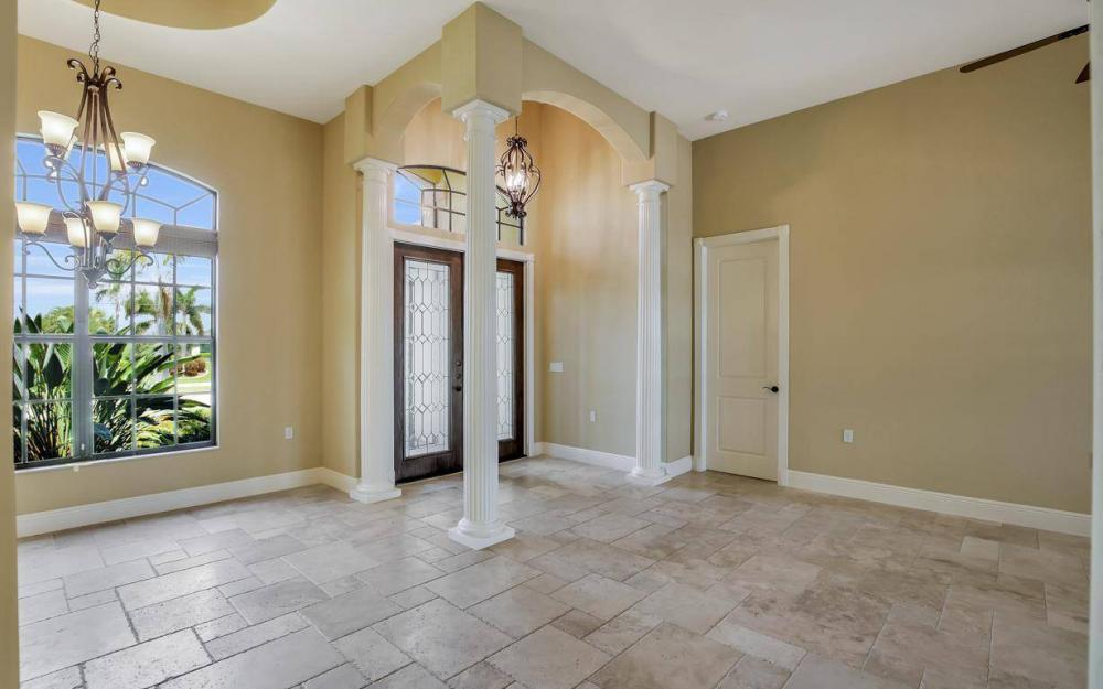 2724 Gleason Pkwy, Cape Coral - Home For Sale 350121851