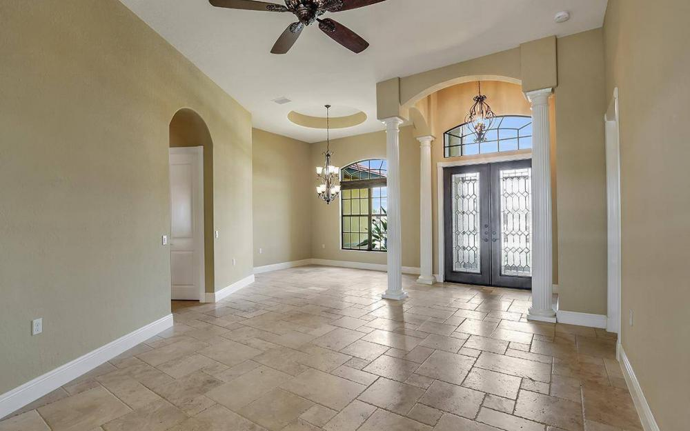 2724 Gleason Pkwy, Cape Coral - Home For Sale 597566705