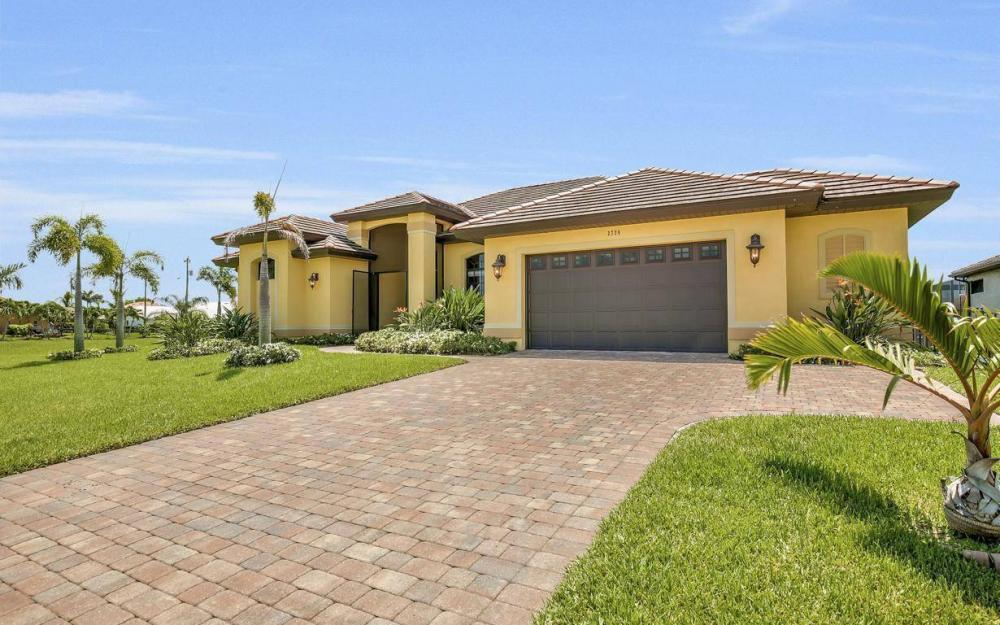 2724 Gleason Pkwy, Cape Coral - Home For Sale 1182845465