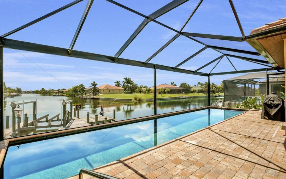 2724 Gleason Pkwy, Cape Coral - Home For Sale 1888658188