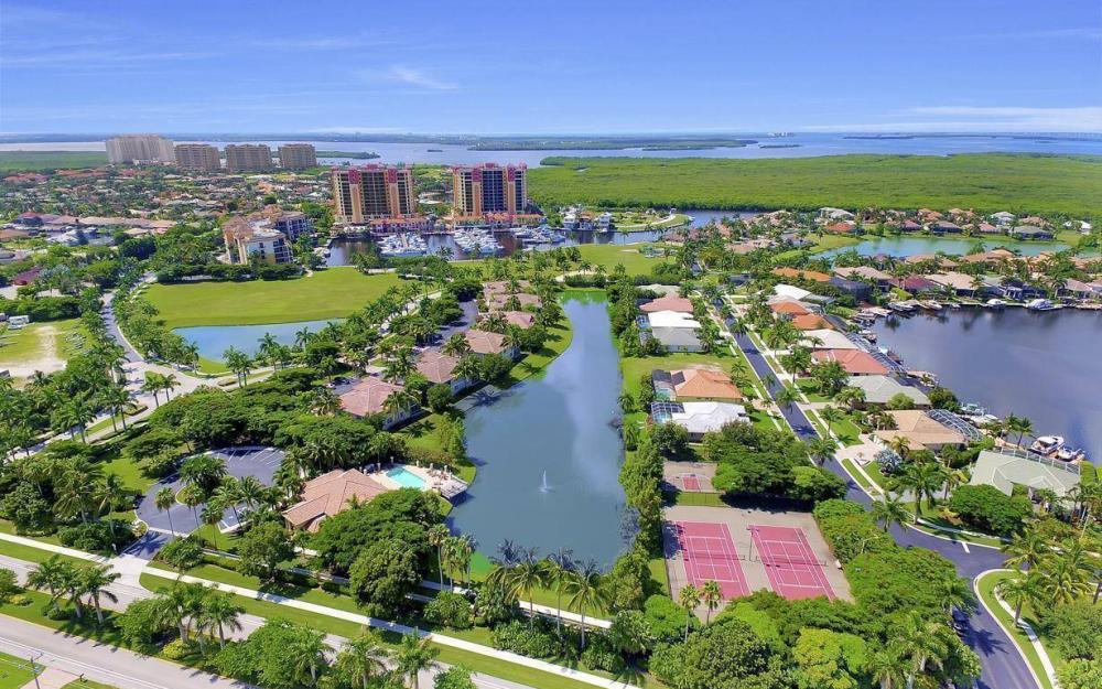 5793 Cape Harbour Dr #918, Cape Coral - Condo For Sale 1177097342
