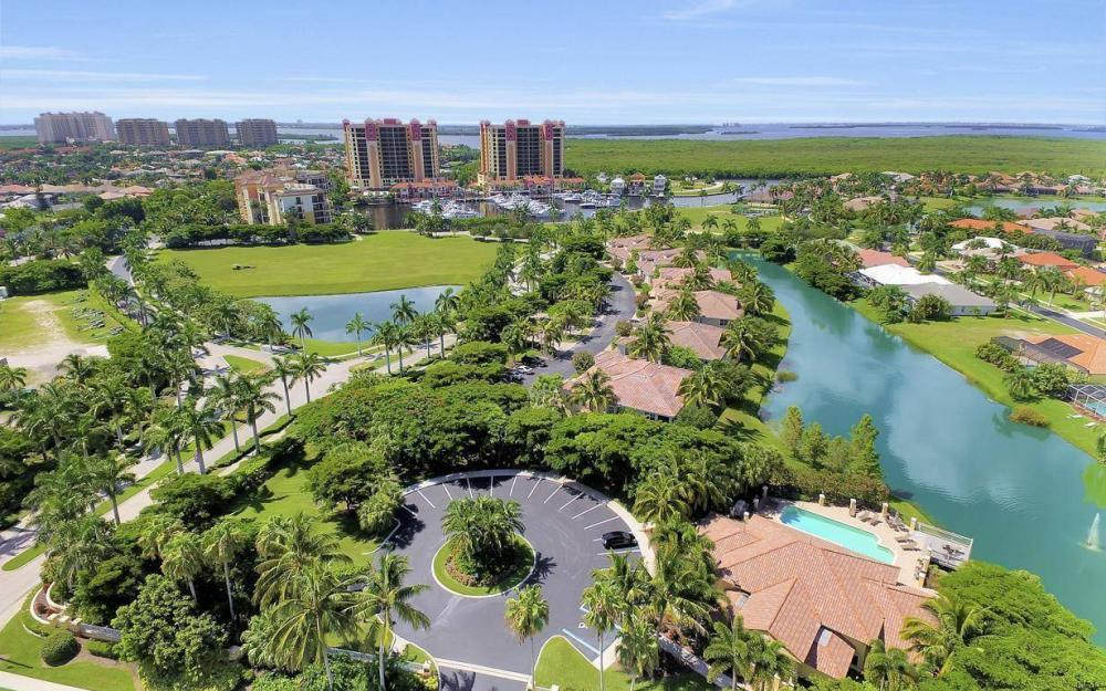 5793 Cape Harbour Dr #918, Cape Coral - Condo For Sale 1039865026