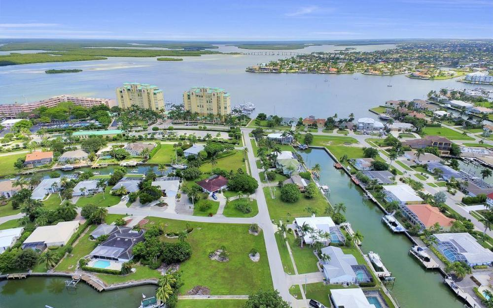 1066 Ruppert Rd, Marco Island - Lot For Sale 1936196344