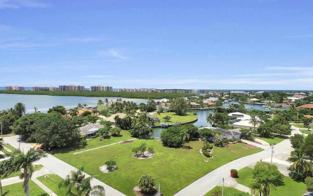 1066 Ruppert Rd, Marco Island - Lot For Sale 112569537
