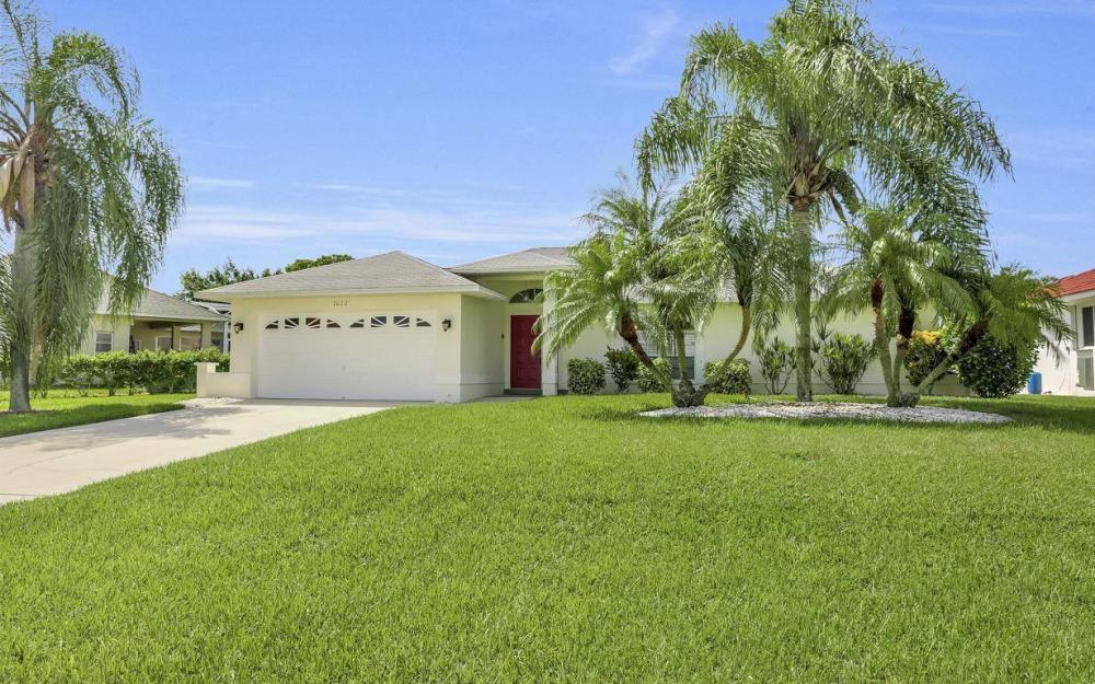 1622 SW 52nd Terrace, Cape Coral - Home For Sale 2085958656