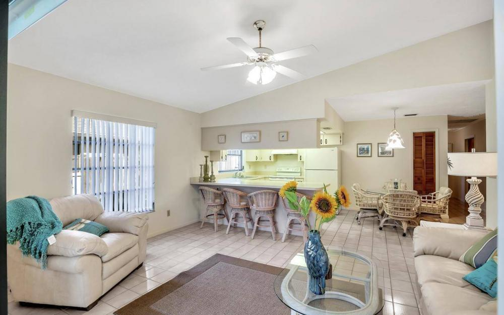 592 99th Ave N, Naples - Home For Sale 1099662913