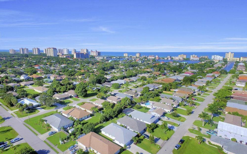 592 99th Ave N, Naples - Home For Sale 479453122