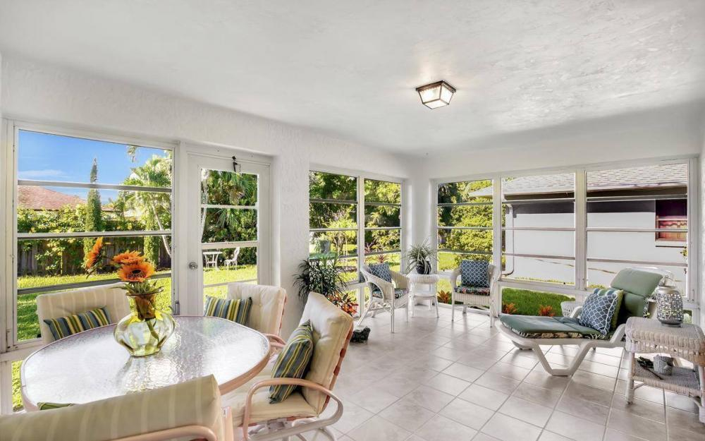 592 99th Ave N, Naples - Home For Sale 1333136180