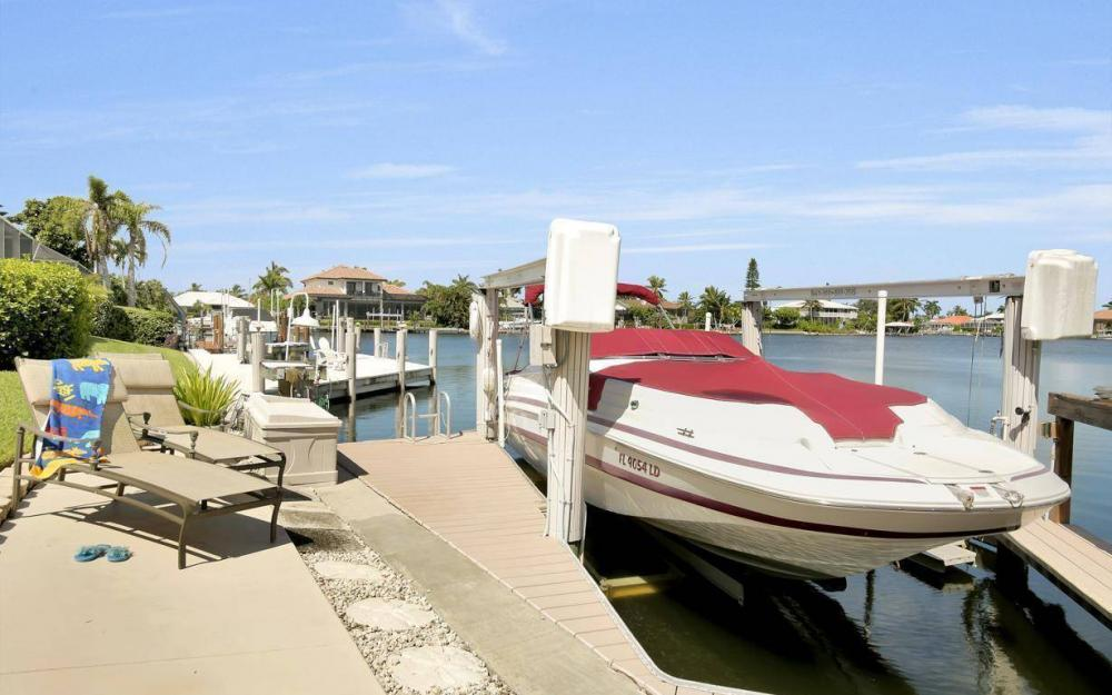 1264 Whiteheart Ave, Marco Island - Home For Sale 593240334