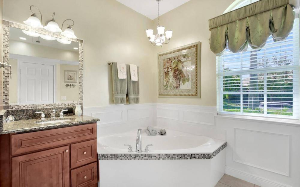 1264 Whiteheart Ave, Marco Island - Home For Sale 723963539