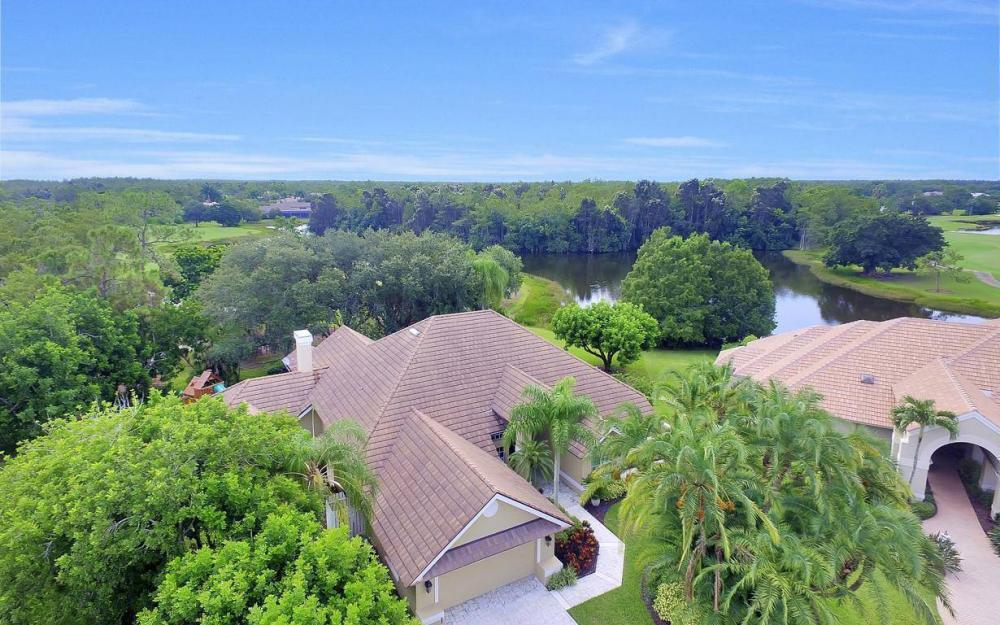 20147 Cheetah Ln, Estero - Home For Sale 1124523705