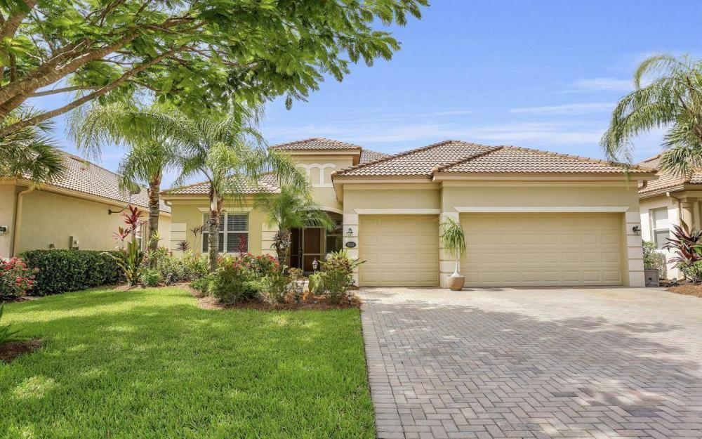 21825 Bella Terra Blvd, Estero - Home For Sale 701937289
