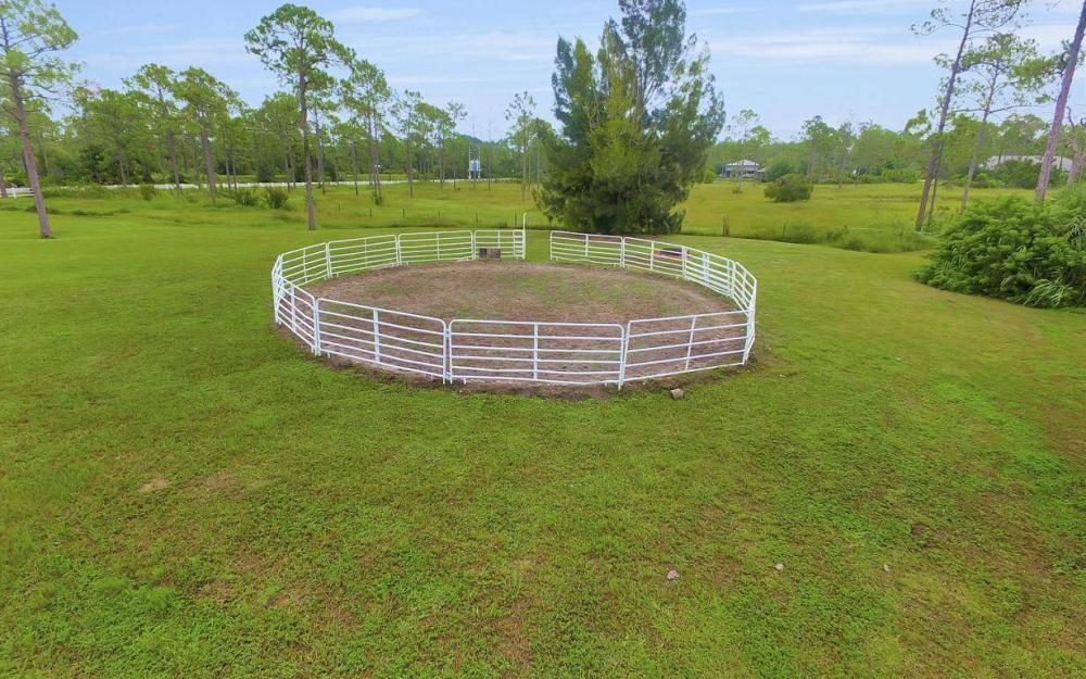 9250 Nalle Grade Rd, North Fort Myers - Farm For Sale 608681806