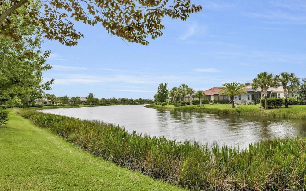 3681 Lakeview Isle Ct, Fort Myers - Home For Sale 256758028