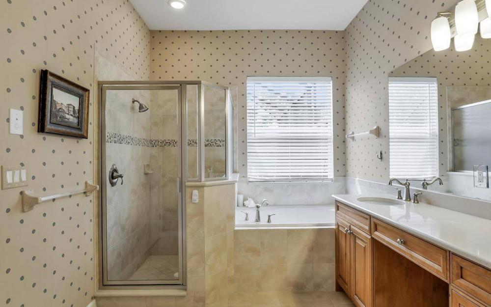 3681 Lakeview Isle Ct, Fort Myers - Home For Sale 969592864