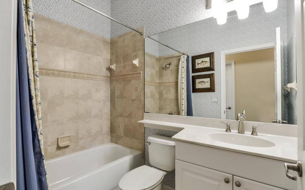 3681 Lakeview Isle Ct, Fort Myers - Home For Sale 1053789434