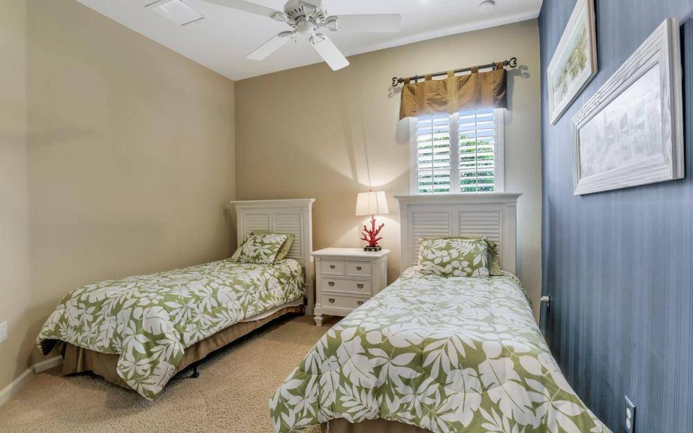 3681 Lakeview Isle Ct, Fort Myers - Home For Sale 407804297