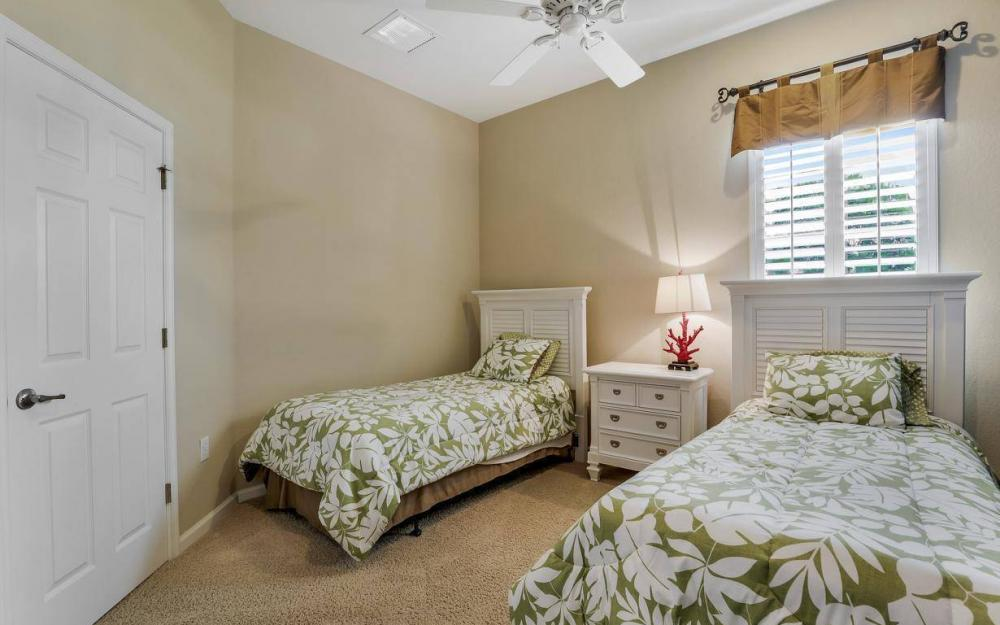 3681 Lakeview Isle Ct, Fort Myers - Home For Sale 1891886199