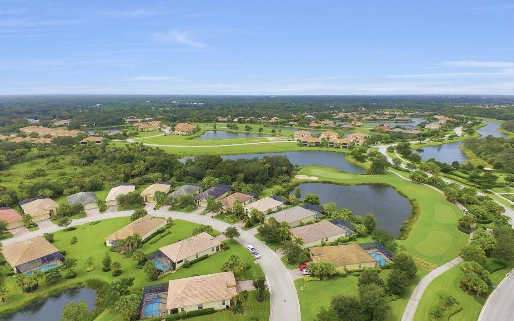 3681 Lakeview Isle Ct, Fort Myers - Home For Sale 1749963389
