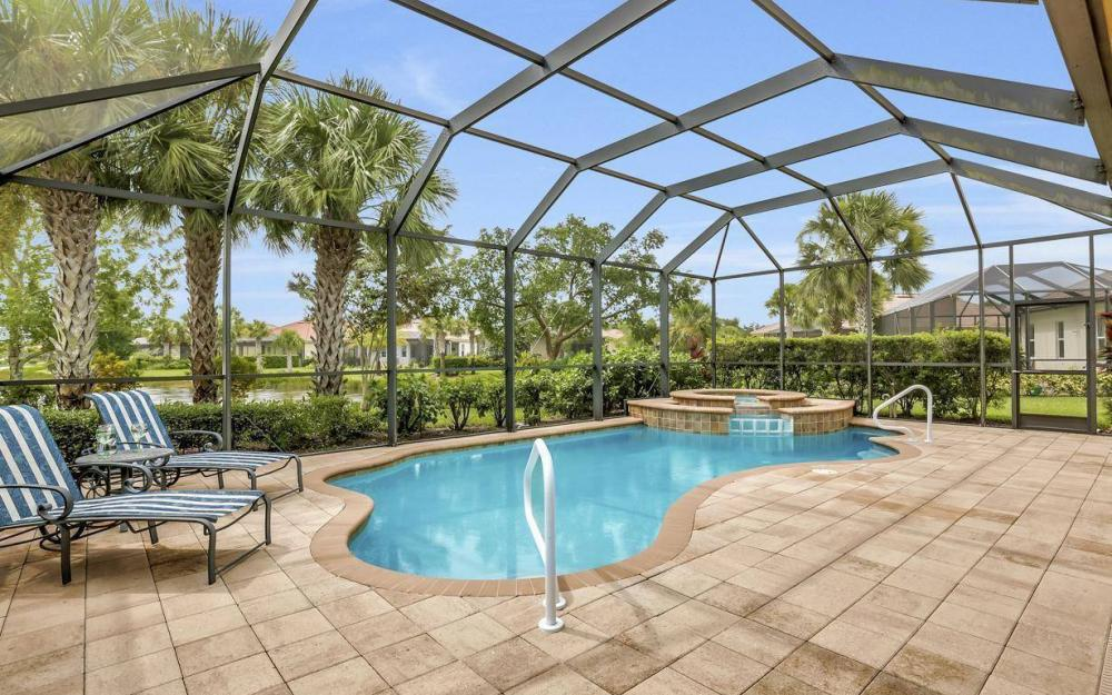 3681 Lakeview Isle Ct, Fort Myers - Home For Sale 641947786
