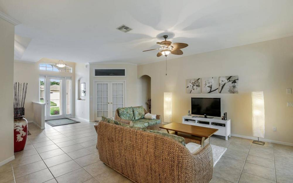 2124 SW 40th Ter, Cape Coral - Home For Sale 1160887883