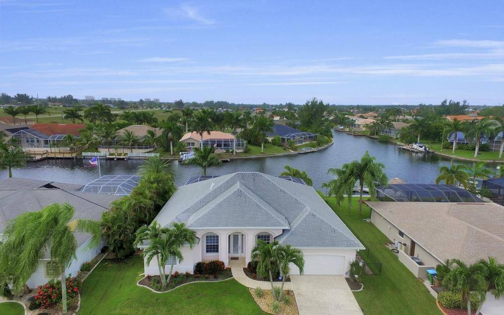 2124 SW 40th Ter, Cape Coral - Home For Sale 432290617