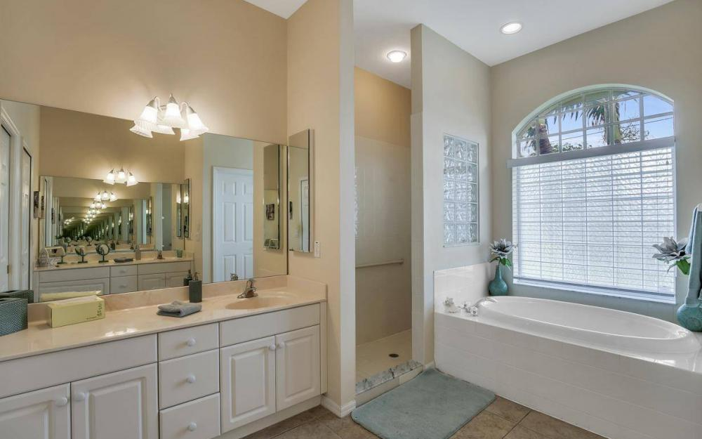 2124 SW 40th Ter, Cape Coral - Home For Sale 1514696542