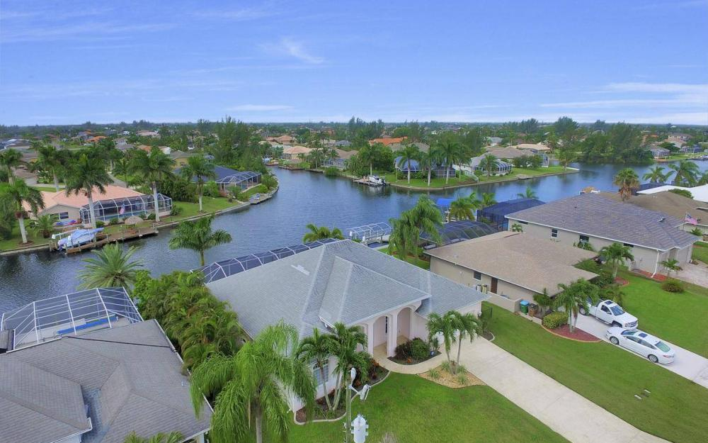 2124 SW 40th Ter, Cape Coral - Home For Sale 729184726