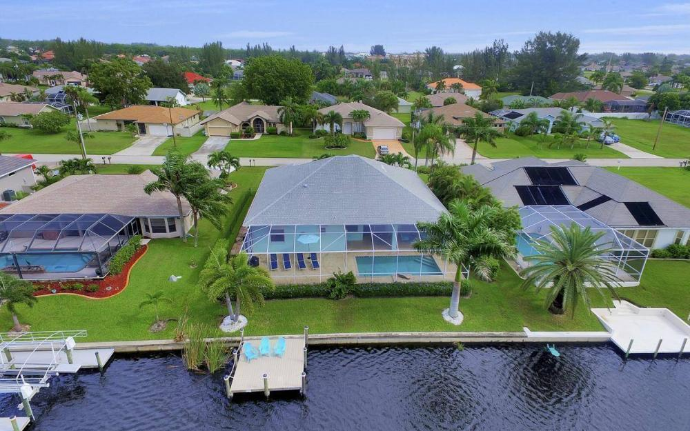 2124 SW 40th Ter, Cape Coral - Home For Sale 548338831