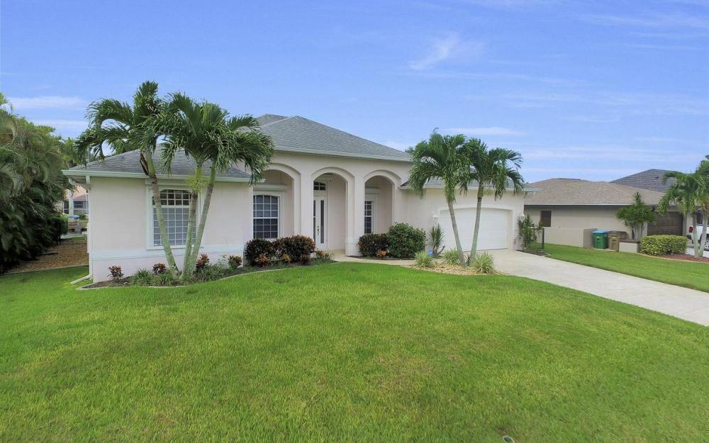 2124 SW 40th Ter, Cape Coral - Home For Sale 230950255