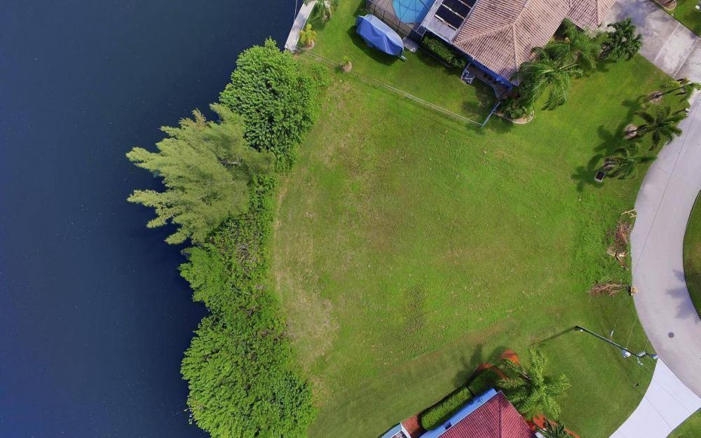 2221 SW 52nd St, Cape Coral - Lot For Sale 305530012