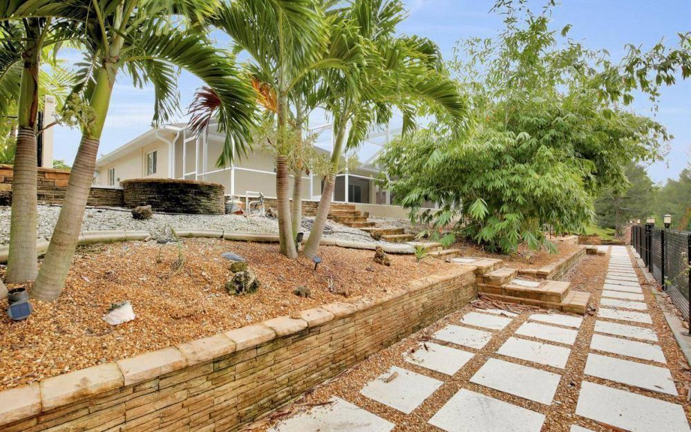 2322 SW 22nd Terrace, Cape Coral - Home For Sale 758232380