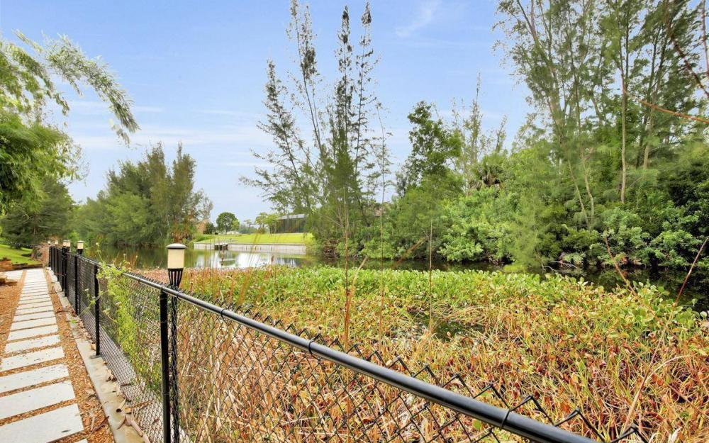 2322 SW 22nd Terrace, Cape Coral - Home For Sale 190958804