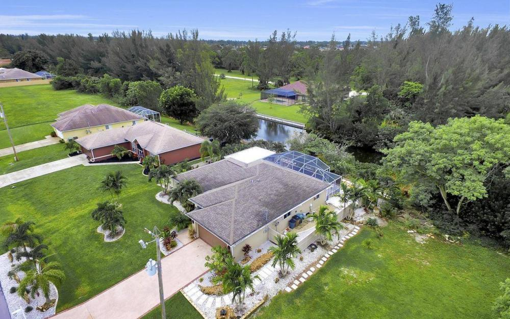 2322 SW 22nd Terrace, Cape Coral - Home For Sale 1693166178