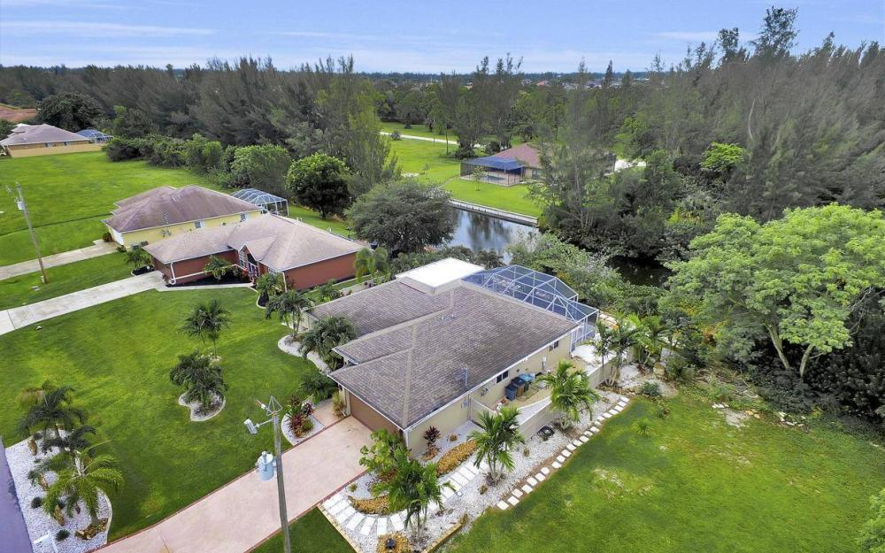 2322 SW 22nd Terrace, Cape Coral - Home For Sale 496338699