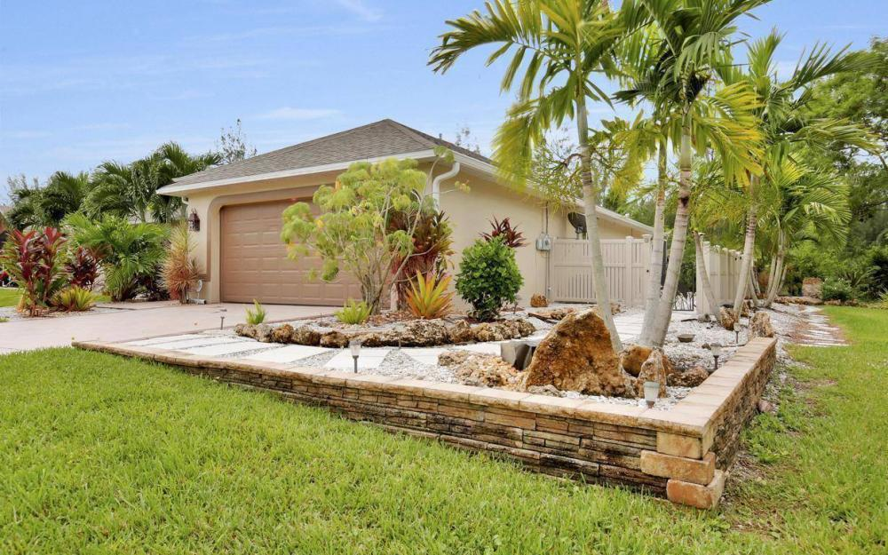 2322 SW 22nd Terrace, Cape Coral - Home For Sale 402538443