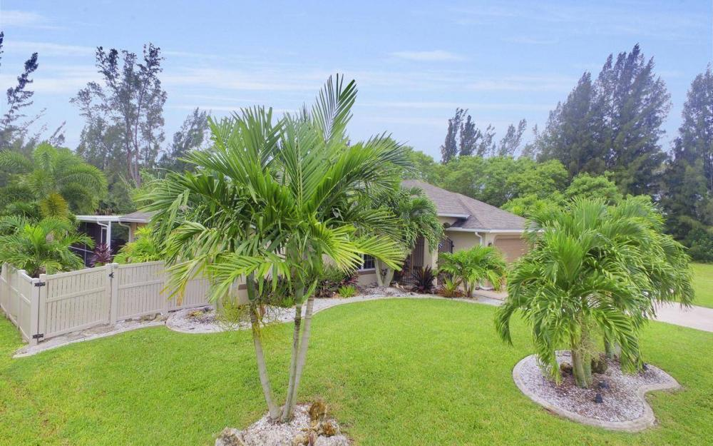 2322 SW 22nd Terrace, Cape Coral - Home For Sale 353433809