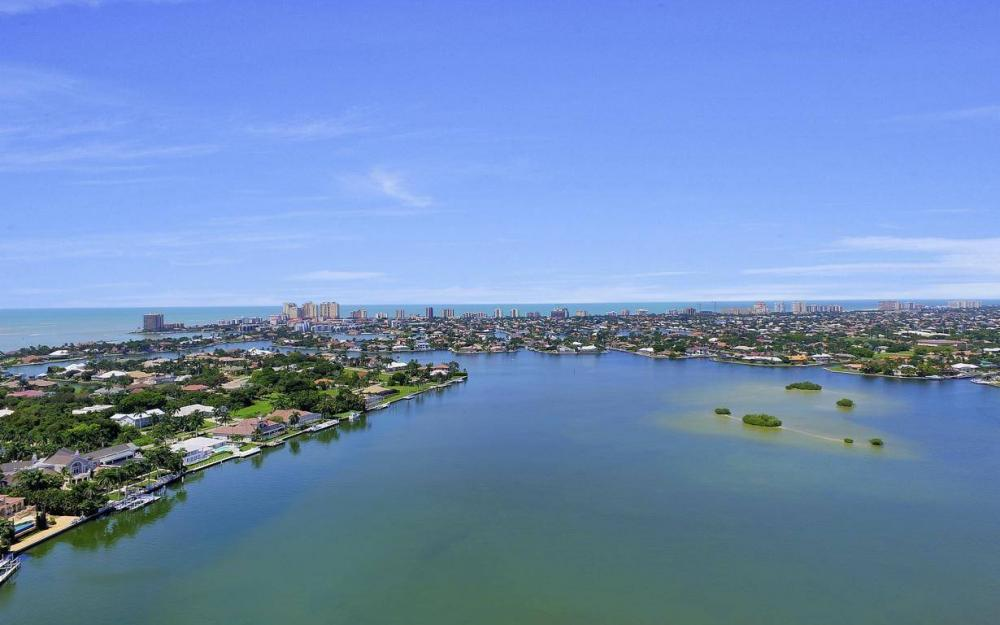760 Inlet Dr, Marco Island - Home For Sale 535987286