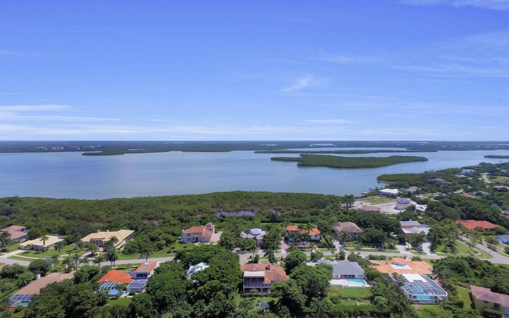 760 Inlet Dr, Marco Island - Home For Sale 970203850