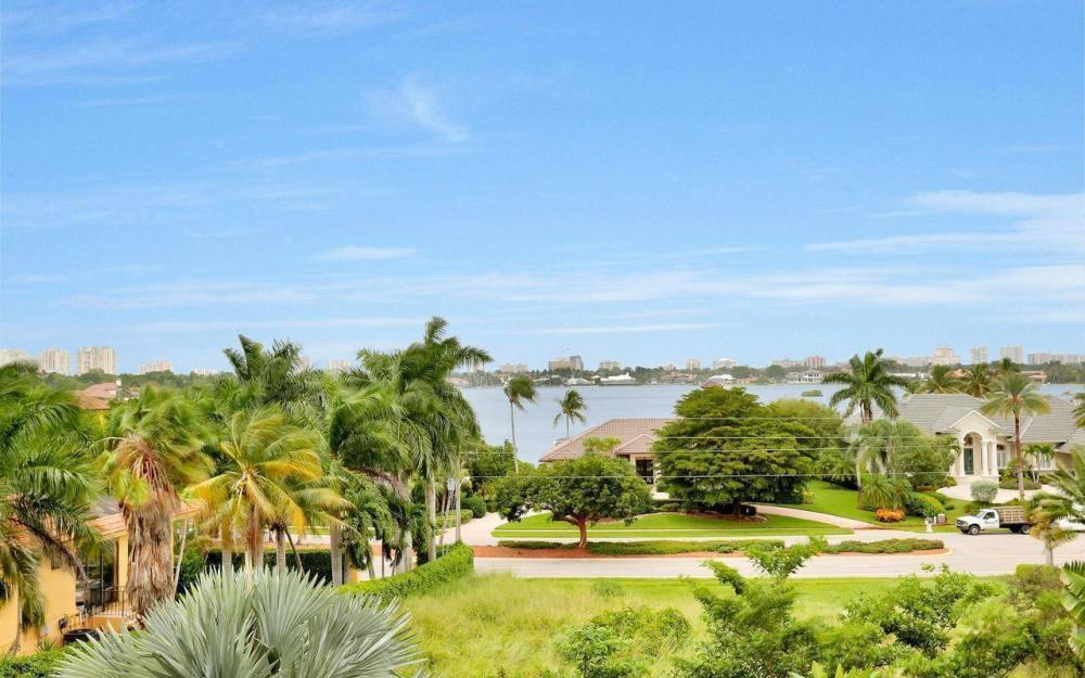 760 Inlet Dr, Marco Island - Home For Sale 1027328662