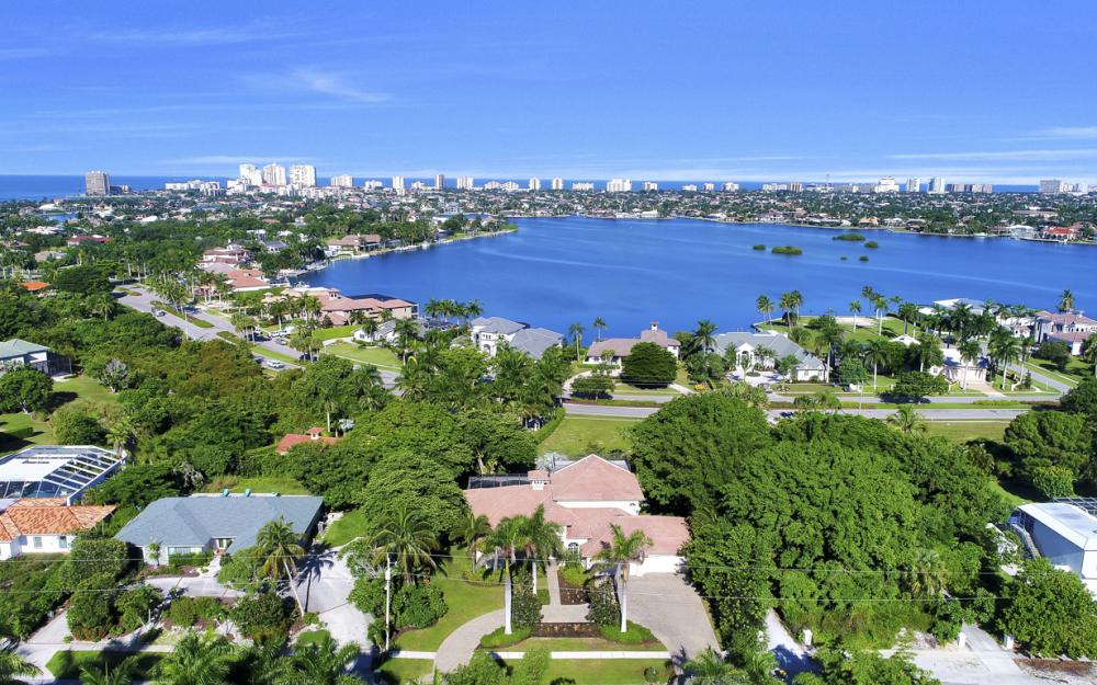760 Inlet Dr, Marco Island - Home For Sale 304053246