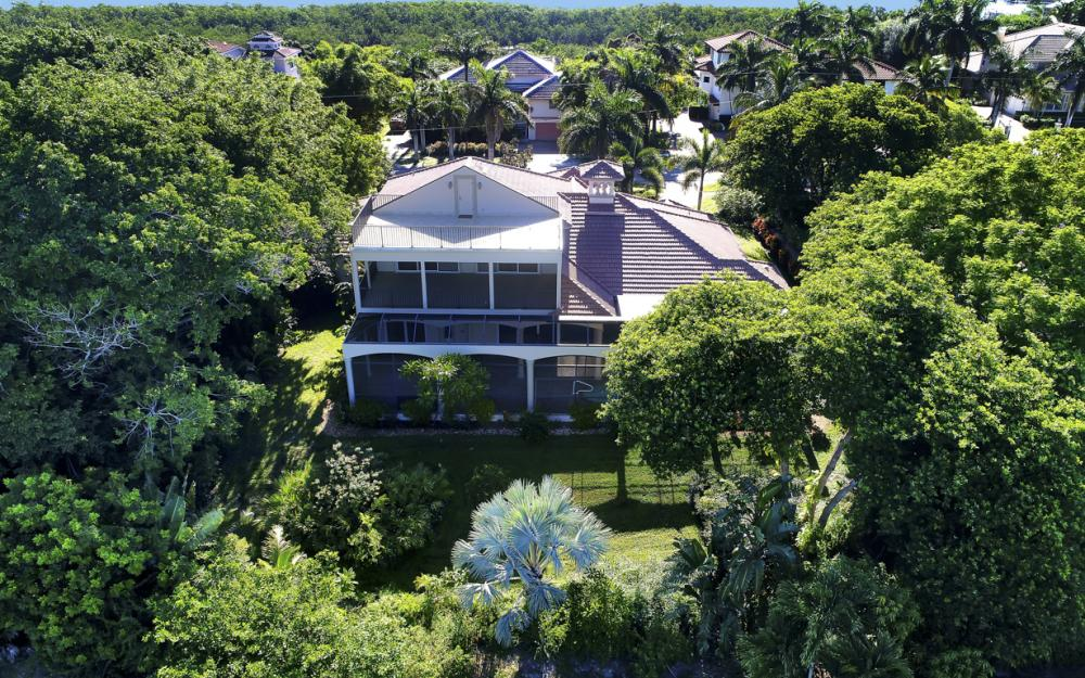 760 Inlet Dr, Marco Island - Home For Sale 1293127706