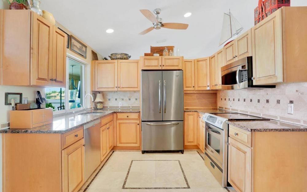 168 Shorecrest Ct, Marco Island - Home For Sale 1000766807