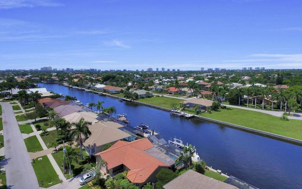 168 Shorecrest Ct, Marco Island - Home For Sale 856422807