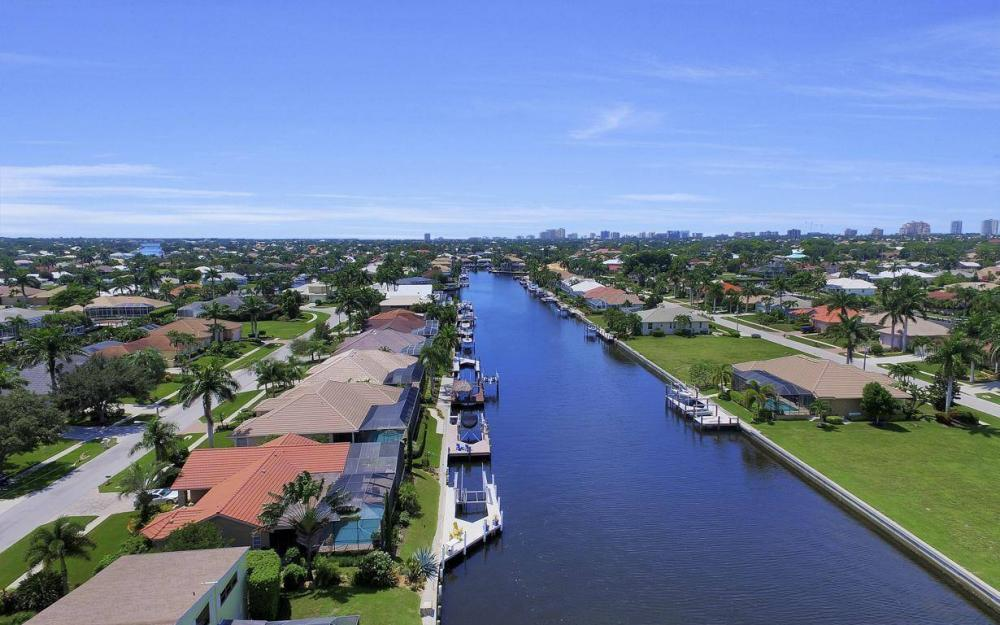 168 Shorecrest Ct, Marco Island - Home For Sale 1255780881