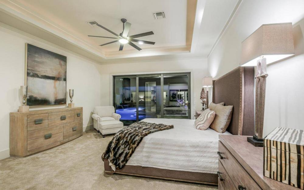 1600 Collingswood Ct, Marco Island - Home For Sale 608085316