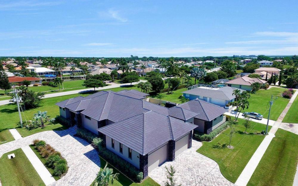 1600 Collingswood Ct, Marco Island - Home For Sale 101636222