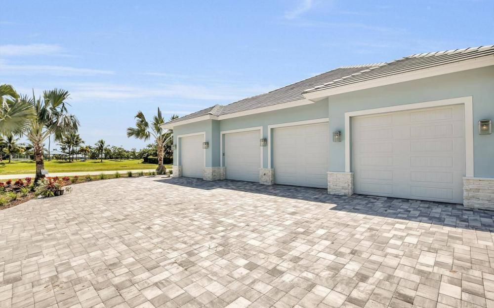 356 S Heathwood Dr, Marco Island - Home For Sale 2133005069