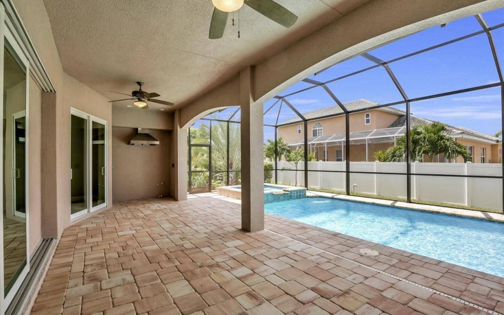 3318 SW 2nd Ln, Cape Coral - Home For Sale 1331031512